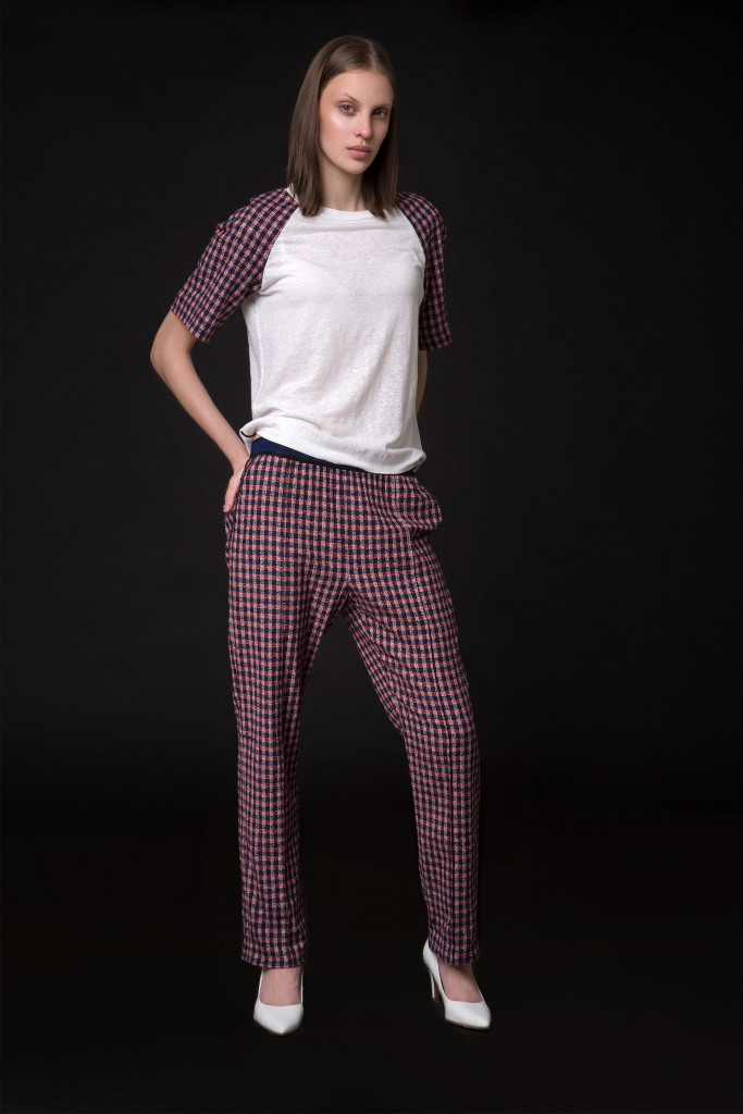 45 THIENOT T SHIRT 49 TAITINGER TROUSERS